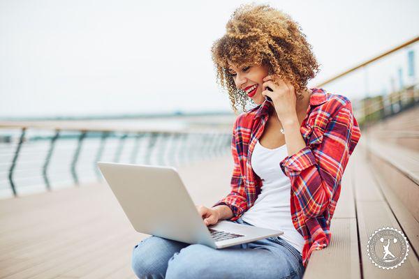 Девушка на работе без смс тверь девушка модель работа